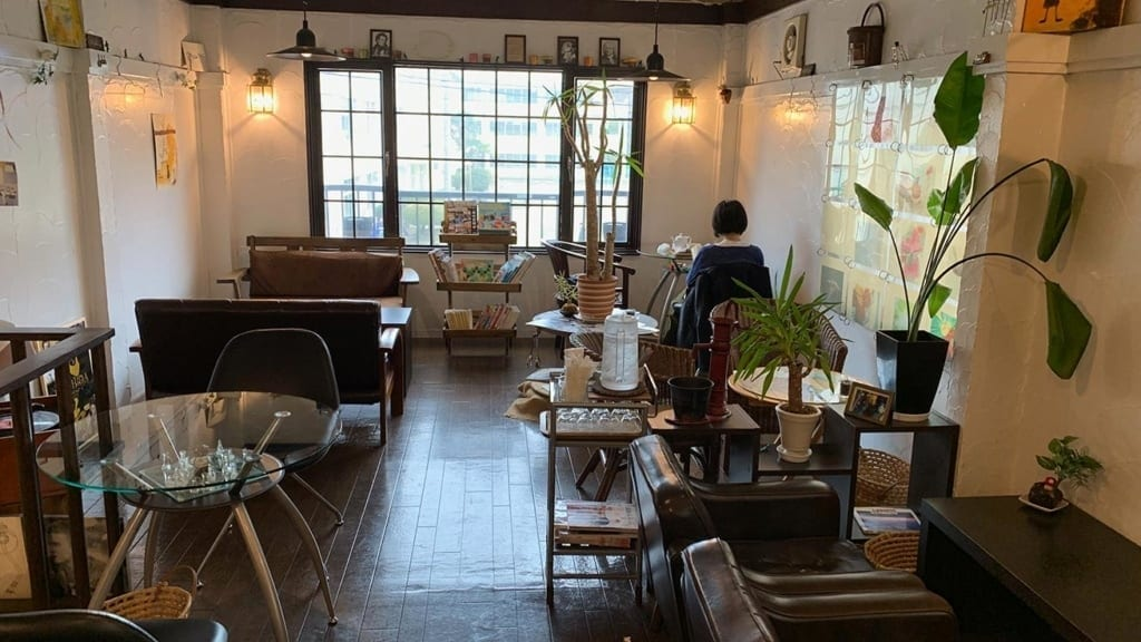 cokoguri - Patisserie Mythique - Upstairs Room
