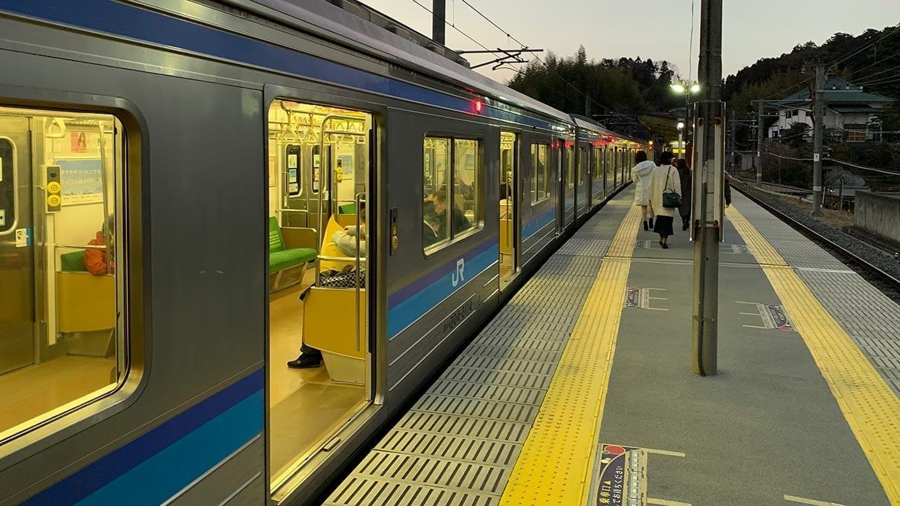 cokoguri - Catching the Train at Matsushimakaigan Station
