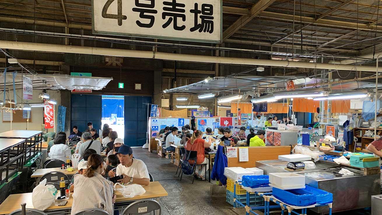 cokoguri - Shiogama Seafood Wholesale Market - Eating Area