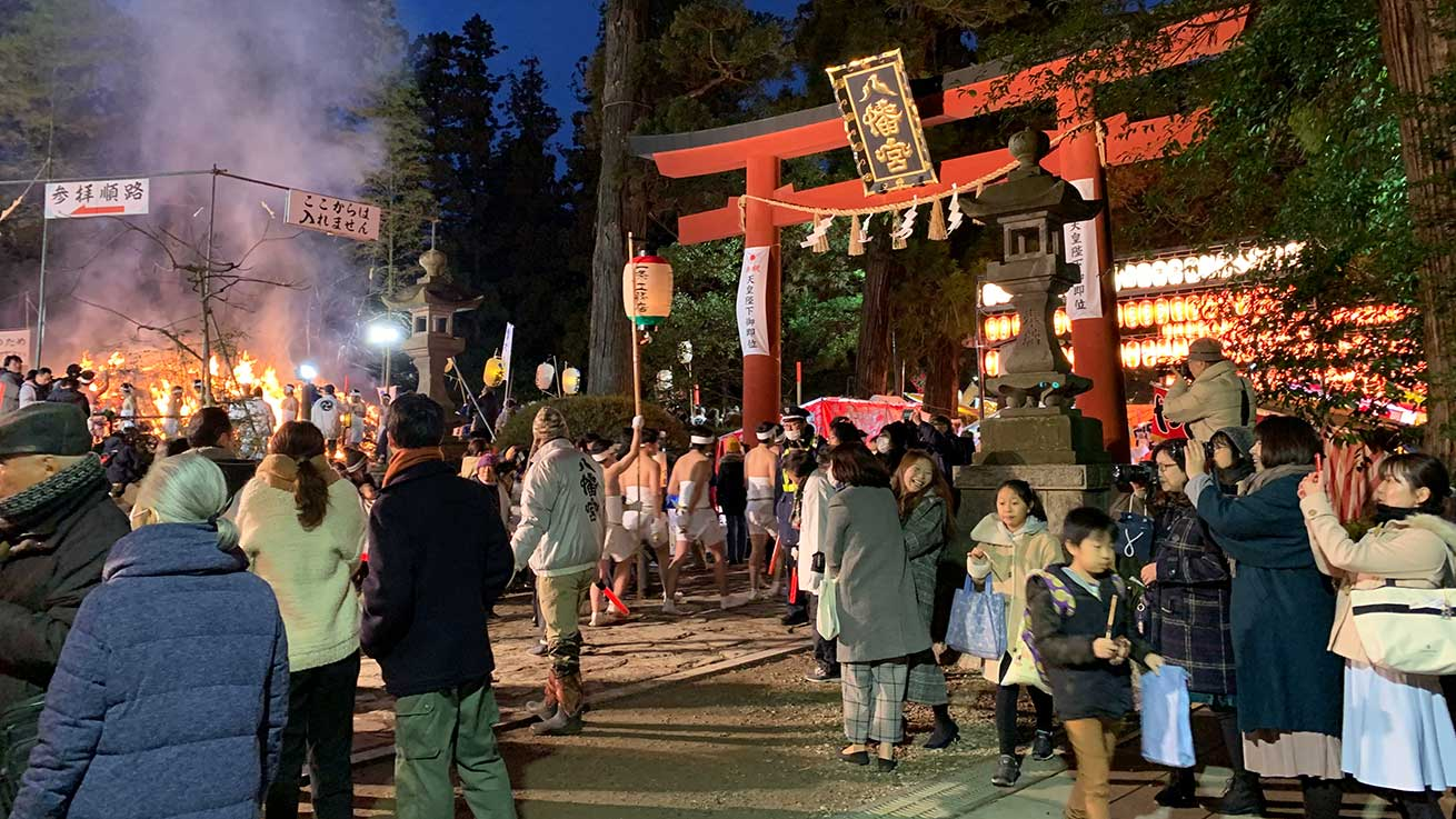 cokoguri - Crowds at Osaki Hachimangu Dontosai Festival