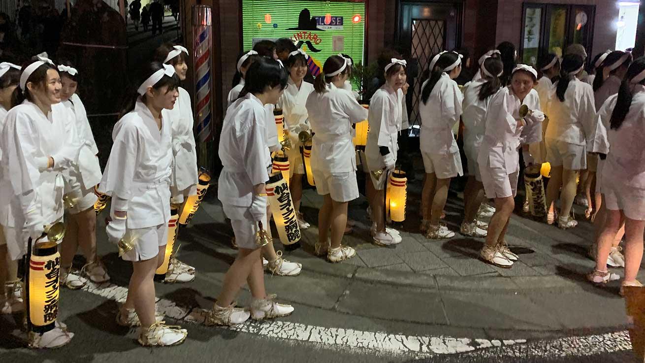 cokoguri - Hadakamairi Pilgrims on the Street