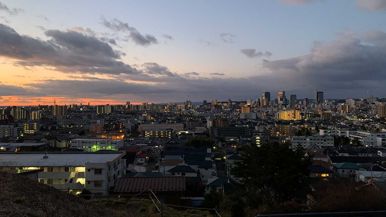 cokoguri - Oshogatsu Hatsushinode Hiking Up to Komatsushima