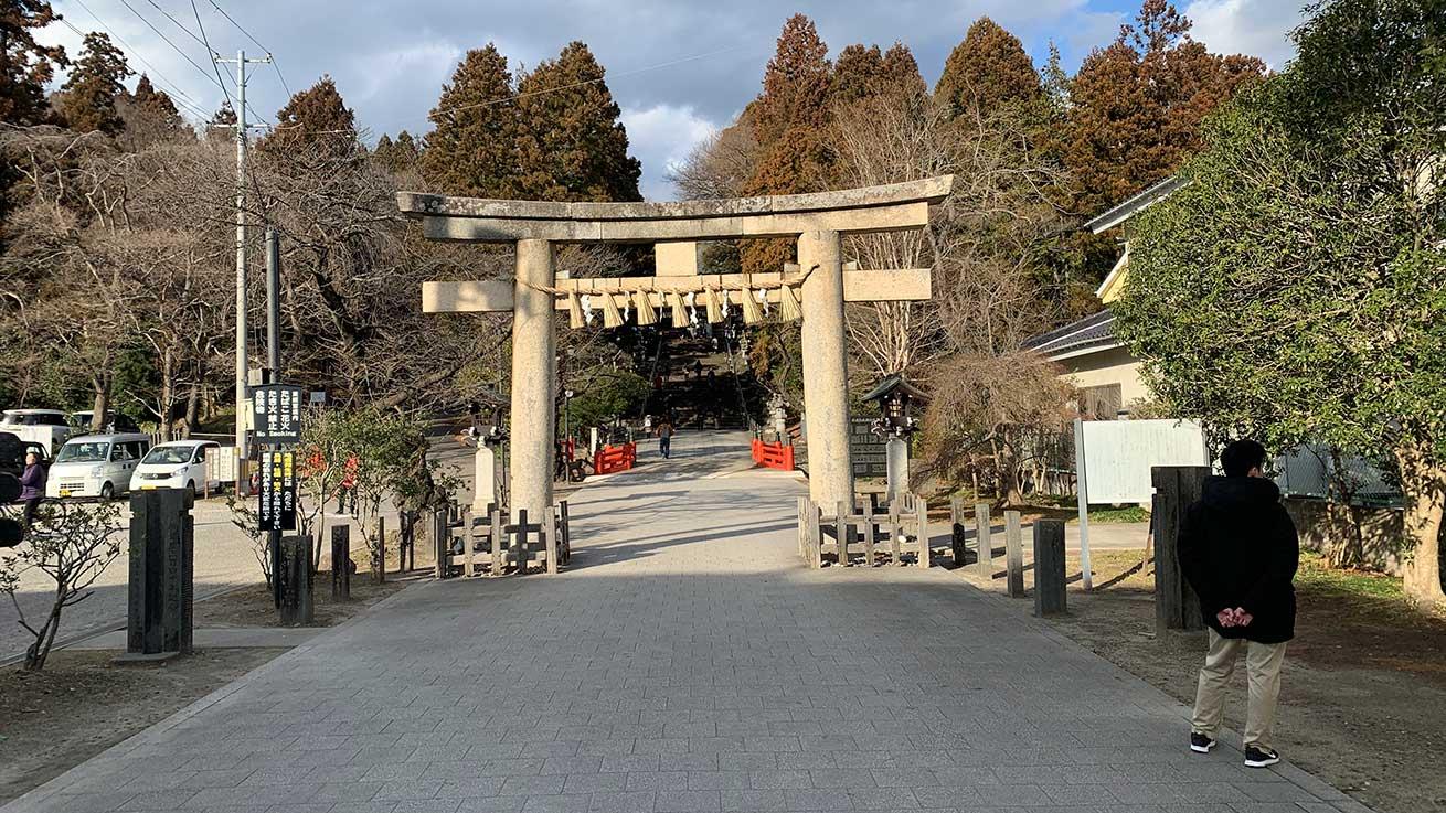 cokoguri - Toshogu Shrine gate at Setsubun
